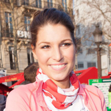 Laury Thylleman, miss France 2011 au marathon de Paris, le 7 avril 2013.
