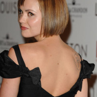 Christina Ricci carré court