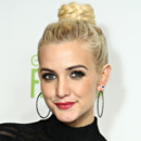 Ashlee Simpson avec son chignon tress,  New York le 7 fvrier