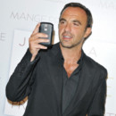 Nikos Aliagas à l'avant-première de 'Eat, Pray, Love' à Paris. Photo prise le 19 septembre 2010
