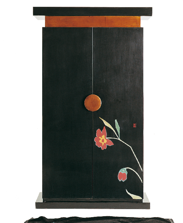 armoire la maison coloniale ikebana objet d co d co. Black Bedroom Furniture Sets. Home Design Ideas