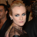 Diane Kruger et son smocky intense  la soire du Met  New York