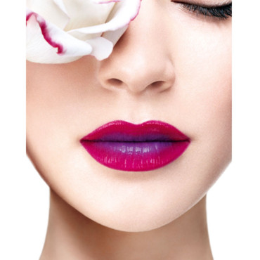 Visuel maquillage rouge in love de Lancôme 2012