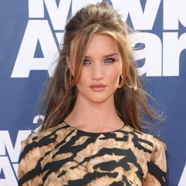 Rosie Huntington aux MTV Movie Awards