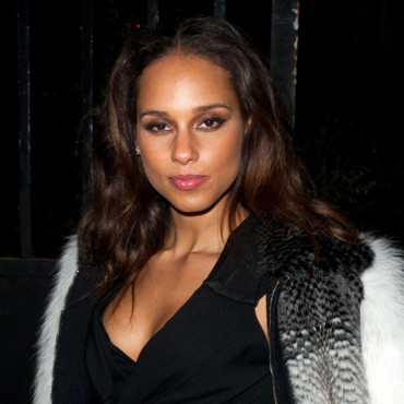 Alicia Keys chez Yves Saint Laurent Fashion Week mars 2012