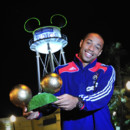 Photo : les oreilles de Mickey de Thierry Henry