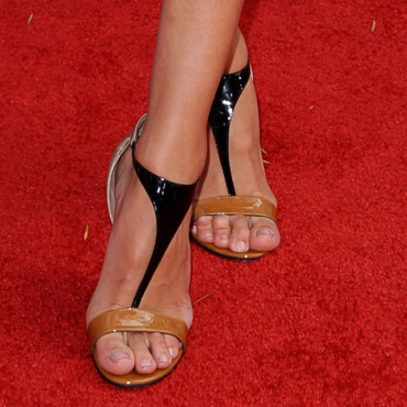 A qui sont ces chaussures ? Rosie Huntington-Whiteley