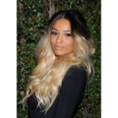 La chanteuse Ciara tie and dye anniversaire Valentino Los Angeles mars 2012