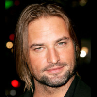Photo : le regard de Josh Holloway
