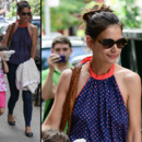Katie Holmes girly en top dos nu à pois