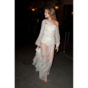 Natalia Vodianova en Givenchy à la Kate Moss for Fred Party au Ritz à Paris Fashion Week PE 2011-2012