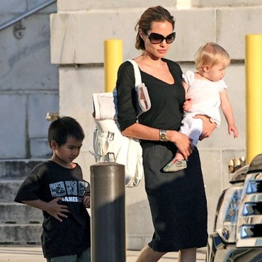 People : Angelina Jolie, Maddox et Shiloh