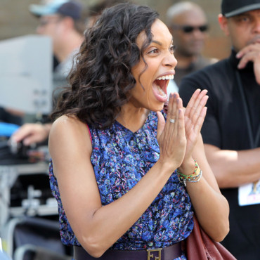"Rosario Dawson sur le tournage de ""The Untitled Chris Rock projet"" à New York en juillet 2013"