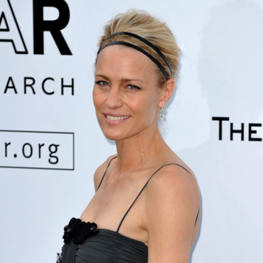 Robin Wright bandeau Cannes 2009