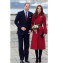 Kate Middleton en manteau rouge