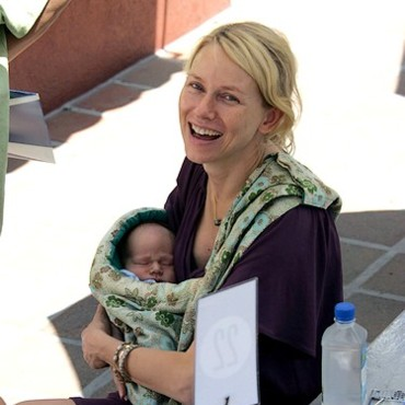 People : Naomi Watts