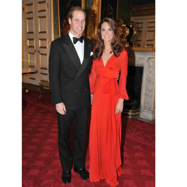 Kate Middleton en robe longue rouge
