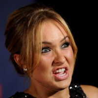Photo : Hayden Panettiere montre les dents