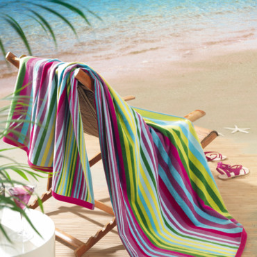 secret story des candidats dans de beaux draps la serviette de plage multicolore jalla. Black Bedroom Furniture Sets. Home Design Ideas