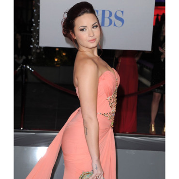 Demi Lovato People's Choice Awards janiver 2012 tatouage