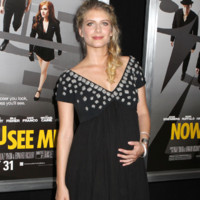Mlanie Laurent radieuse en robe noire  NY