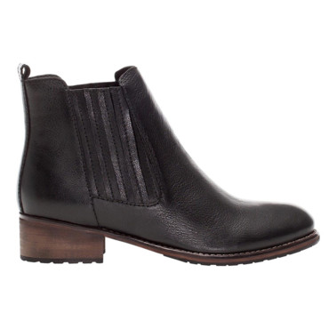 Bottines basses Pull and Bear à 79,99 euros