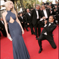 Photo : Adriana Karembeu et Nikos Aliagas au Festival de Cannes