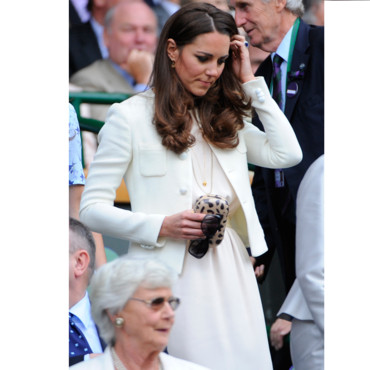 Kate Middleton et son sac clutch Diane Von Furstenberg