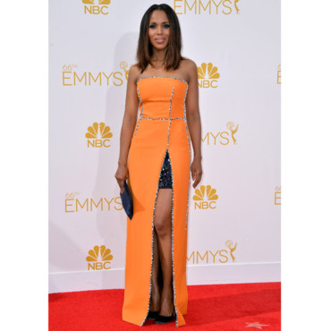 Kerry Washington en robe Prada pour les Emmy Awards à Los Angeles le 25 août 2014