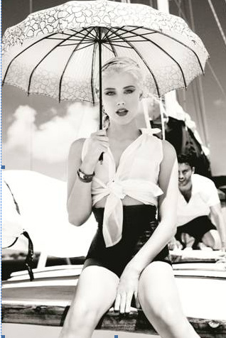 Amber Heard pour Guess photo de Ellen Von Umwerth