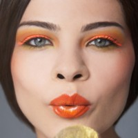 Maquillage pop orange