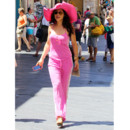 Flop mode : Naike Rivelli (fille d'Ornella Mutti) en jogging rose