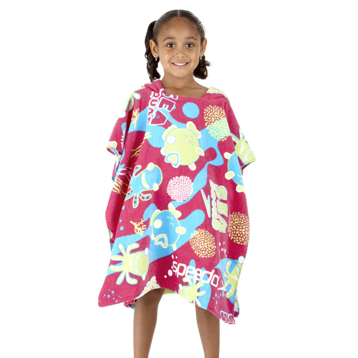 enfants des maillots de bain speedo pour un t dans l 39 eau girls 39 sea squad poncho maman. Black Bedroom Furniture Sets. Home Design Ideas