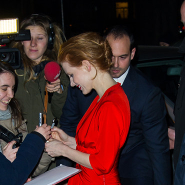 Jessica Chastain au défilé Yves Saint Laurent à la Fashion Week de Paris