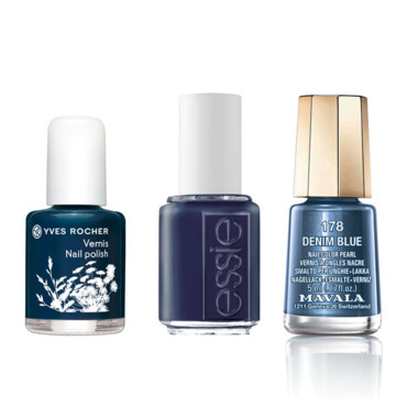 "Vernis à ongles bleus rock'n'roll-""Bleu nuit"" d'Yves Rocher - 3 €-""Bobbing or Baubles"" d'Essie 11,90 € -""Denim Blue"" de Mavala (collection Paradoxe) 5,50 €"