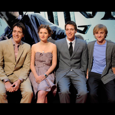 Oliver Phelps, Bonnie Wright, James Phelps et Tom Felton