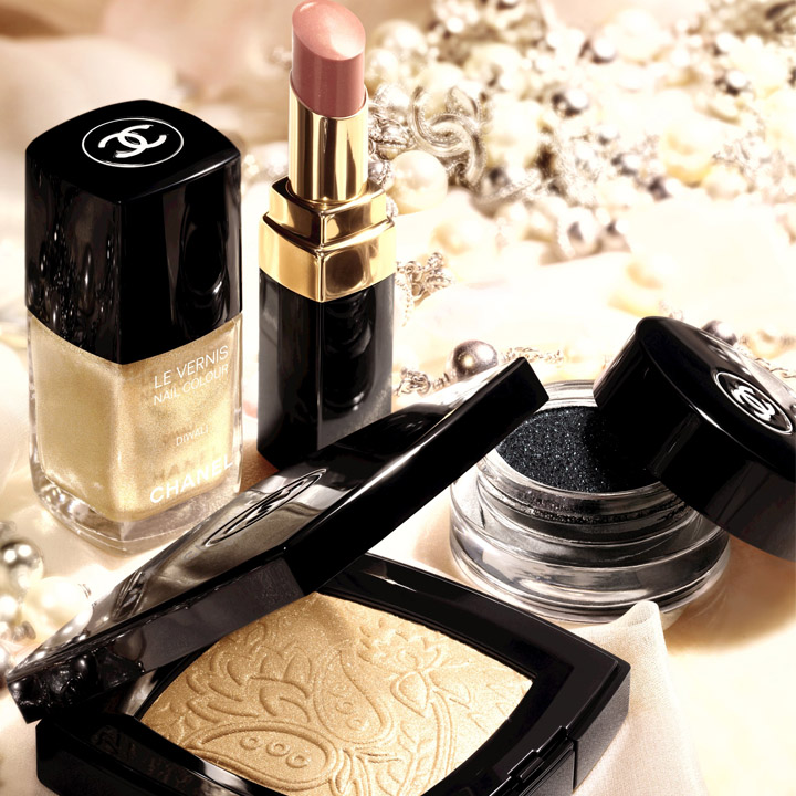 chanel dior guerlain la folie des collections maquillage ph m res beaut. Black Bedroom Furniture Sets. Home Design Ideas