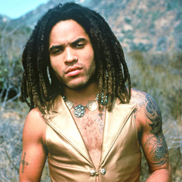 Lenny Kravitz en 1992 : les dreadlocks courts