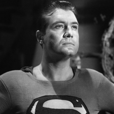 "George Reeves dans ""Superman and the Mole Men"""