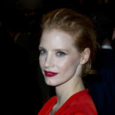 Jessica Chastain pour le défilé Yves Saint Laurent lors de la Fashion Week de Paris