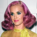 Katy Perry et sa coupe au carré rose