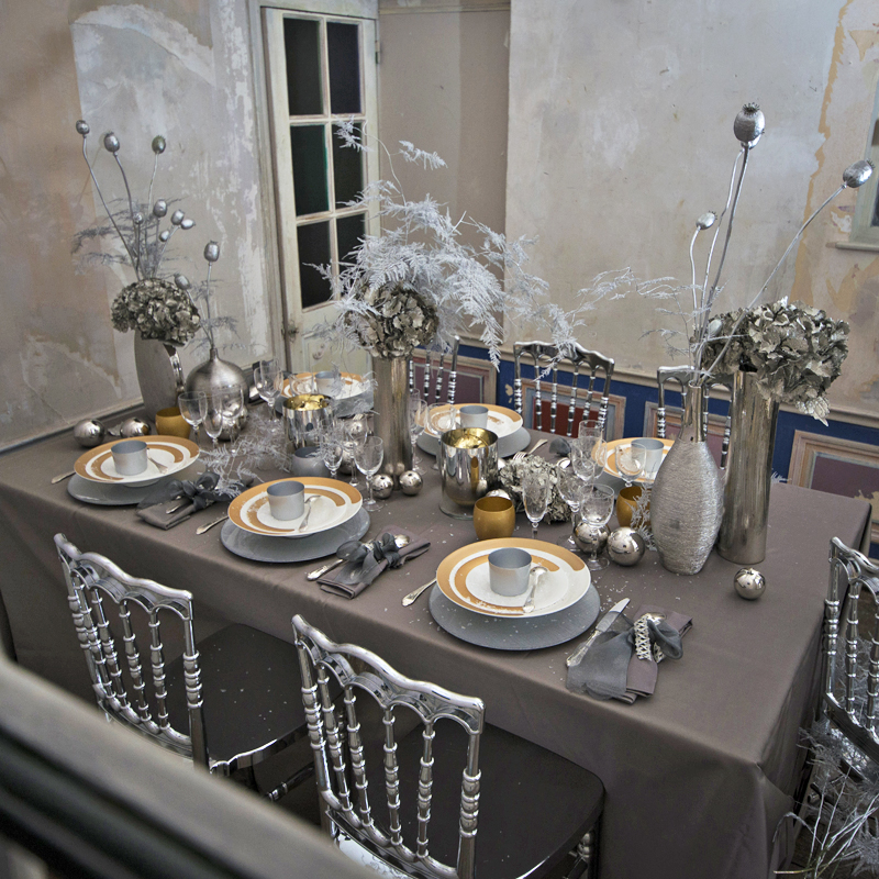 5 d co de table majestueuses pour no l et le nouvel an silver christmas sel - Table nouvel an deco ...