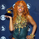Lil Kim aux Grammy Awards 2002