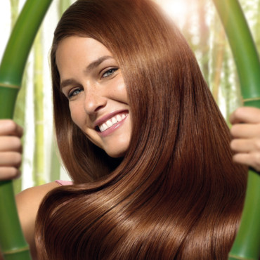 Tendances coloration 2009 : Bar Refaeli pour Herbabrillance de Garnier