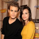 Paul Wesley de Vampire Diaries officiellement divorcé