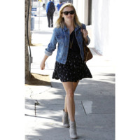 Photo : Reese Witherspoon, trendy pour sa sessin shopping à Los Angeles