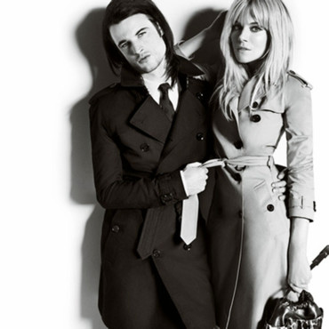 Sienna Miller et Tom Sturridge égéries Burberry
