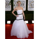 Jennifer Lawrence en robe blanche Christian Dior Couture aux Golden Globes le 12 janvier 2014 à Los Angeles