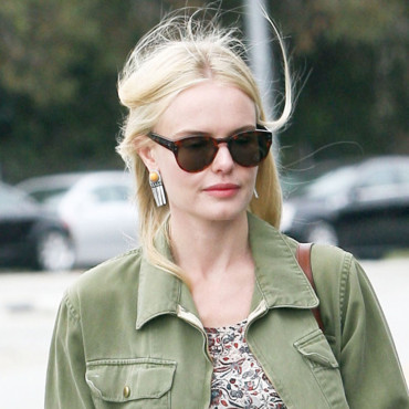 Kate Bosworth sort de son salon de coiffure à Los Angeles