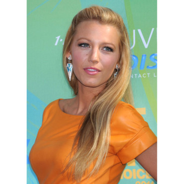 Blake Lively et sa demi queue aux Teen Choice Awards